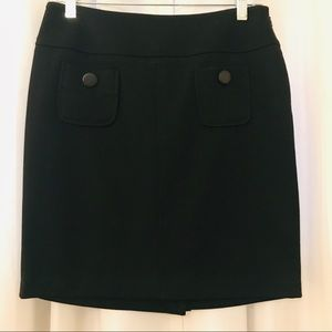 Sz 6 Black knee length skirt front button pockets
